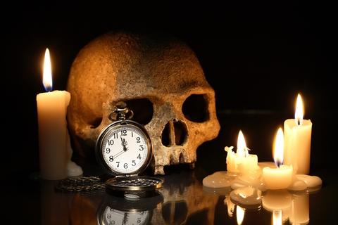 Clock, candles, skull - Dreamstime_47686987